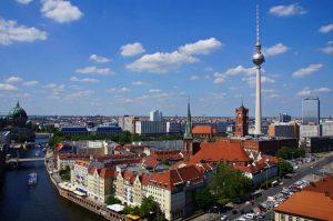 Vista panorámica de Berlín dominada por la Torre de Televisión