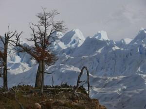 Montañas andinas en el Parque Nacional Los Glaciares de Argentina