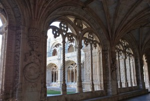 Pasillo del claustro del Monasterio de los Jerónimos