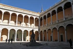 Patio de Armas del Alcázar de Toledo, castillos de Toledo