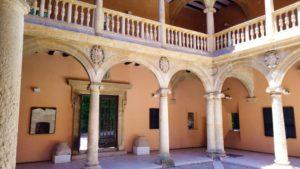 Patio del Ayuntamiento de Almansa
