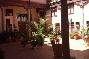 Patio tradicional de Toledo, fiestas de Toledo
