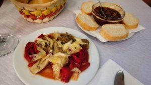 Pericana y Espencat, dos de los platos típicos de la gastronomía de Bocairente