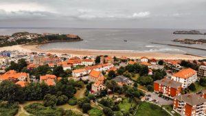 Playa de la Concha, la más popular de las playas de Suances