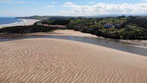 Playa de El Tostadero en la ría de San Vicente