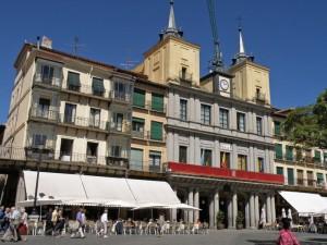 Plaza Mayor de Segovia, acoge las multitudinarias fiestas de Segovia