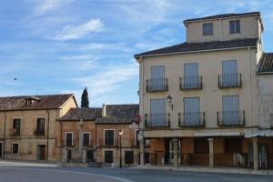 Edificios tradicionales en la Plaza Mayor de Torrelaguna