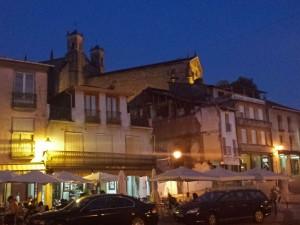 Vista nocturna de la Plaza Mayor de Villafranca del Bierzo