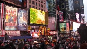 Neones y carteles publicitarios de Times Squares