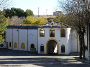 Plaza de Toros de Yepes junto al Parque de la Alquitara