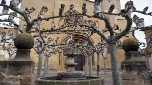Portada de la Iglesia de San Pedro en Olite