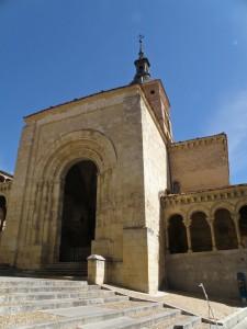 Portada de la Iglesia de San Martín, iglesias de Segovia