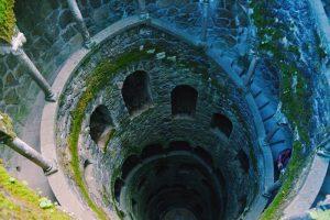 Pozo Iniciático de la Quinta da Regaleira en Sintra