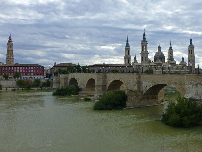 Guías de ciudades, pueblos con encanto y espacios naturales de la provincia de Zaragoza