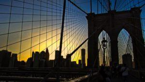 Cruzando el Puente de Brooklyn hacia Manhattan