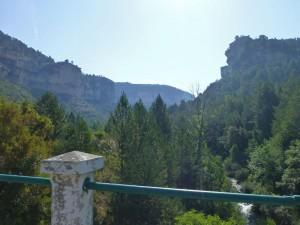 Vistas del Parque Natural del Alto Tajo desde el Puente del Martinete