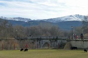 Puente del Perdón, acceso a las Cascadas del Purgatorio, sierra de madrid