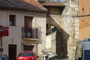 Puerta del Cristo de Burgos, parte de la muralla de Torrelaguna