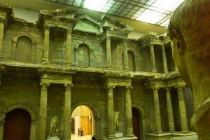 Puerta del mercado romano de Mileto en el Museo de Pérgamo de Berlín