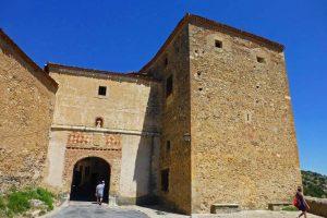 Puerta de la Villa, el único acceso a Pedraza