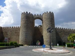 Puerta de San Vicente, una de las puertas de la Muralla de Ávila
