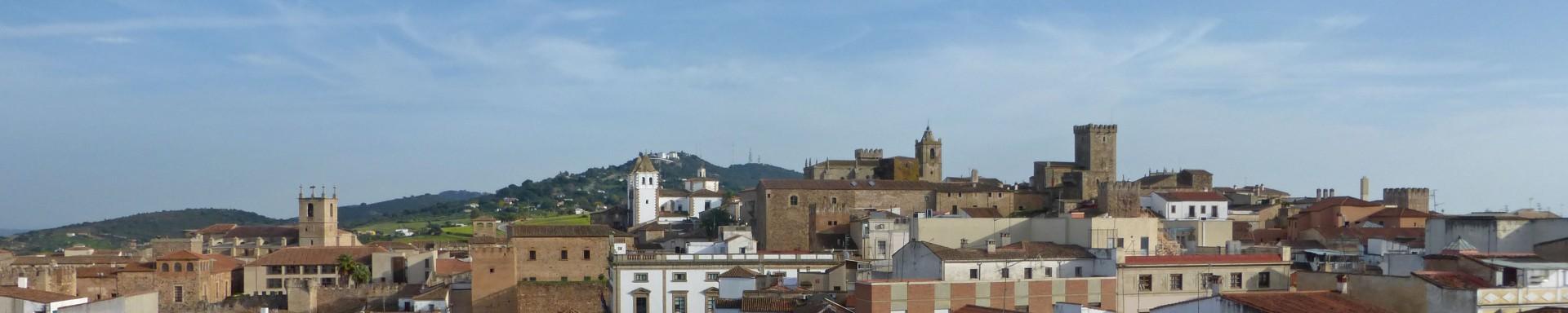 Guía turística con toda la información necesaria para visitar Cáceres