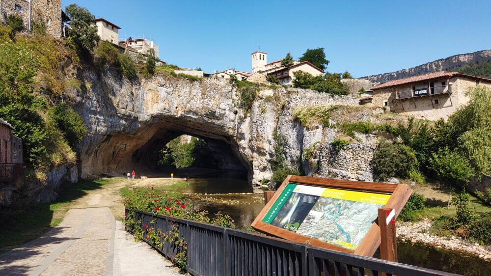 Qué ver en Puentedey, uno de los pueblos más bonitos de Burgos