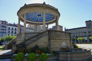Quiosco de música en la Plaza del Castillo, plazas de Pamplona