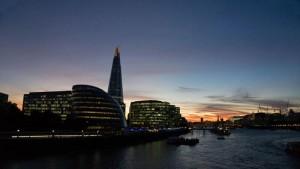Vista nocturna del rascacielos The Shard, uno de los mejores miradores de Londres