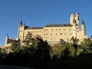 Lateral del Alcázar de Segovia