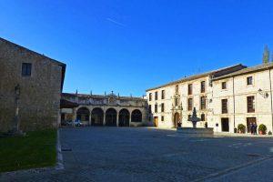 Patio de acceso al Monasterio de Las Huelgas de Burgos