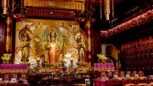 Interior del Templo de la Reliquia del Diente de Buda