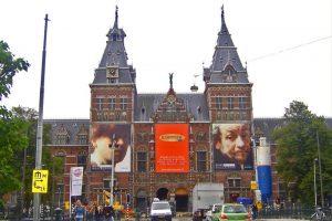 Rijksmuseum, cuenta con la colección más famosa de pinturas del Siglo de Oro holandés
