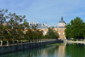 Guía de turismo con toda la información necesaria para planificar tu viaje a Aranjuez