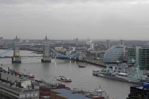 Londres extendiéndose a orillas del Támesis, historia de Londres