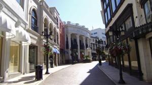 Tiendas de lujo en Rodeo Drive, en el corazón de Beverly Hills