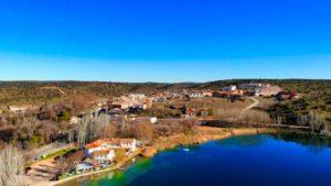 Ruidera, localidad que da nombre al conjunto de lagunas