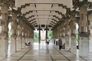 Pasillo dentro del Salón Conmemorativo de la Independencia de Sri Lanka