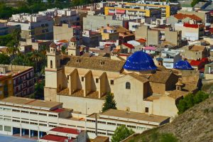 Iglesia de Nuestra Señora de Montserrate, en su interior está la imagen de la patrona de Orihuela
