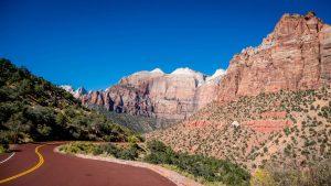 Zion-Mt. Carmel Highway, carretera panorámica por el Parque Nacional