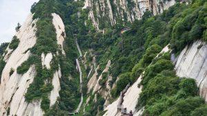 Peligrosos senderos por los picos del Monte Huashan