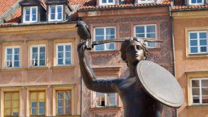 Detalles del Monumento a la Sirenita de Varsovia