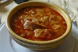 Sopa castellana, uno de los platos típicos de la gastronomía de Palencia