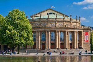 Teatro Estatal de Stuttgart, uno de los principales puntos de interés de los Jardines del Palacio
