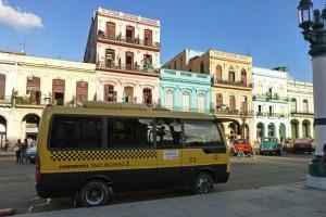 Taxi rutero de La Habana, medio de transporte sólo disponible para los cubanos, cómo moverse por La Habana