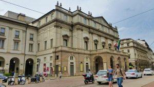 Teatro alla Scala, uno de los edificios civiles más importantes de Milán