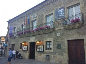 Teatro Villafranquino en la Plaza Mayor de Villafranca del Bierzo