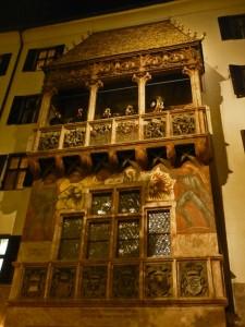 Tejado Dorado de Innsbruck de noche