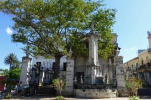 El Templete y la ceiba, lugar de fundación de La Habana en 1519, historia de La Habana
