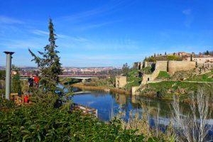 Tirolina de Toledo, una de las atracciones más divertidas de la ciudad